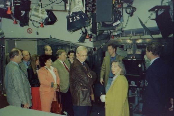 1996-HR3 Besuch